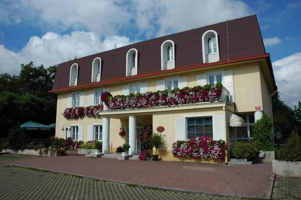 Hotel Carl-Inn